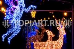 Новогоднее украшение торговых центров. Светящиеся фигуры.