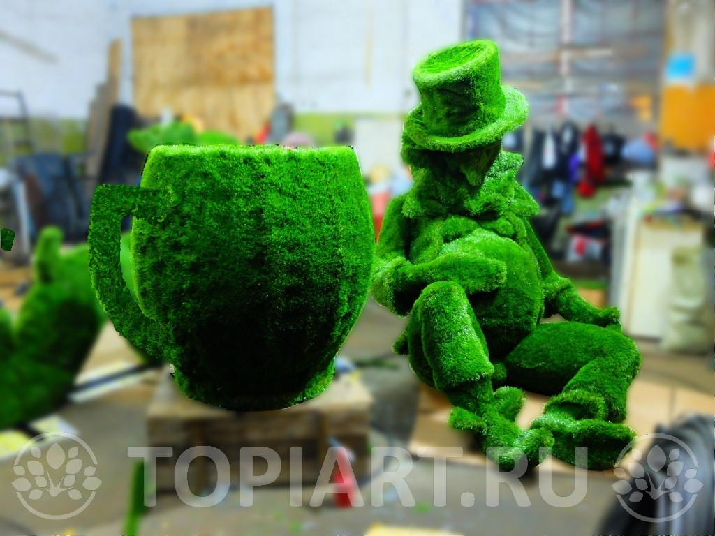 "Топиари ""Чашка""и ""Леприкон"" www.topiart.ru"