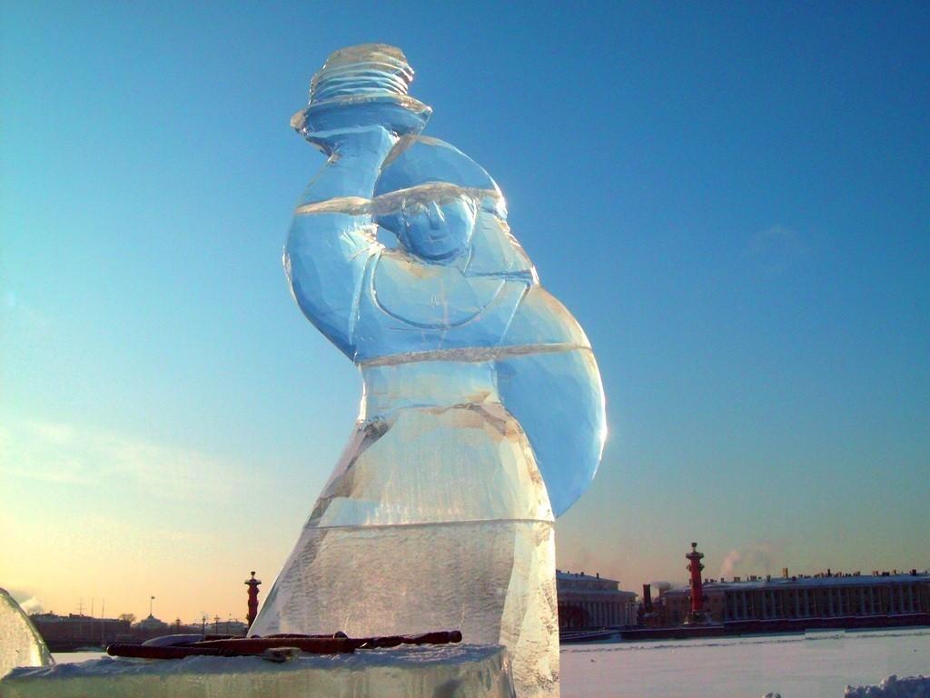 Изготовление скульптур из льда СПб