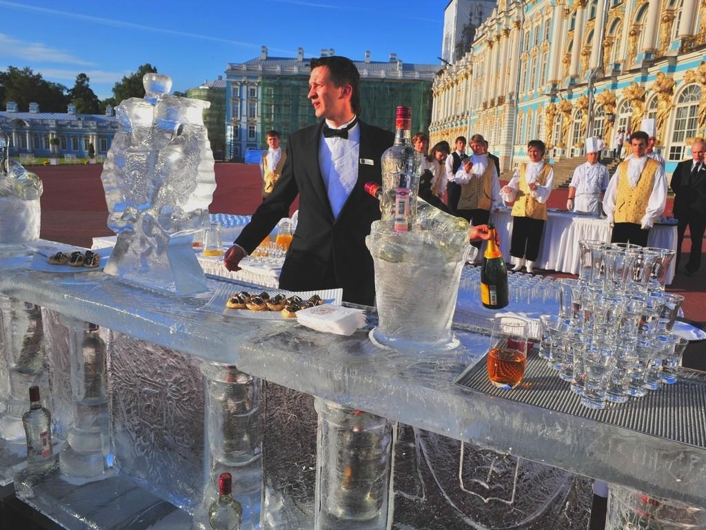 Оформление торжественных мероприятий и праздников TOPIART.ru