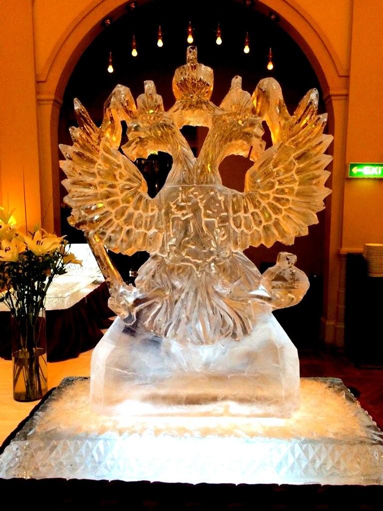 Скульптуры из льда - оформление мероприятий и корпоративов