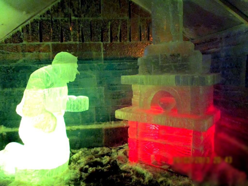Скульптуры из льда TOPiART.RU