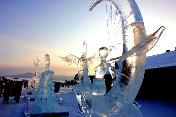 "Конкурс ледяных скульптур на празднике ""АЛТАЙСКАЯ ЗИМОВКА"""
