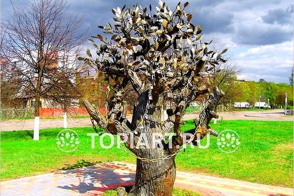 Железное свадебное дерево г. Кировск