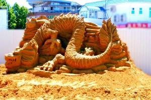 sculpturu_iz_peska_fut