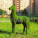 """Топиари """"Лошадь"""" фигура из искусственного газона"""