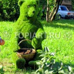 """Топиари """"Медведь"""" из искусственного газона www.topiart.ru"""