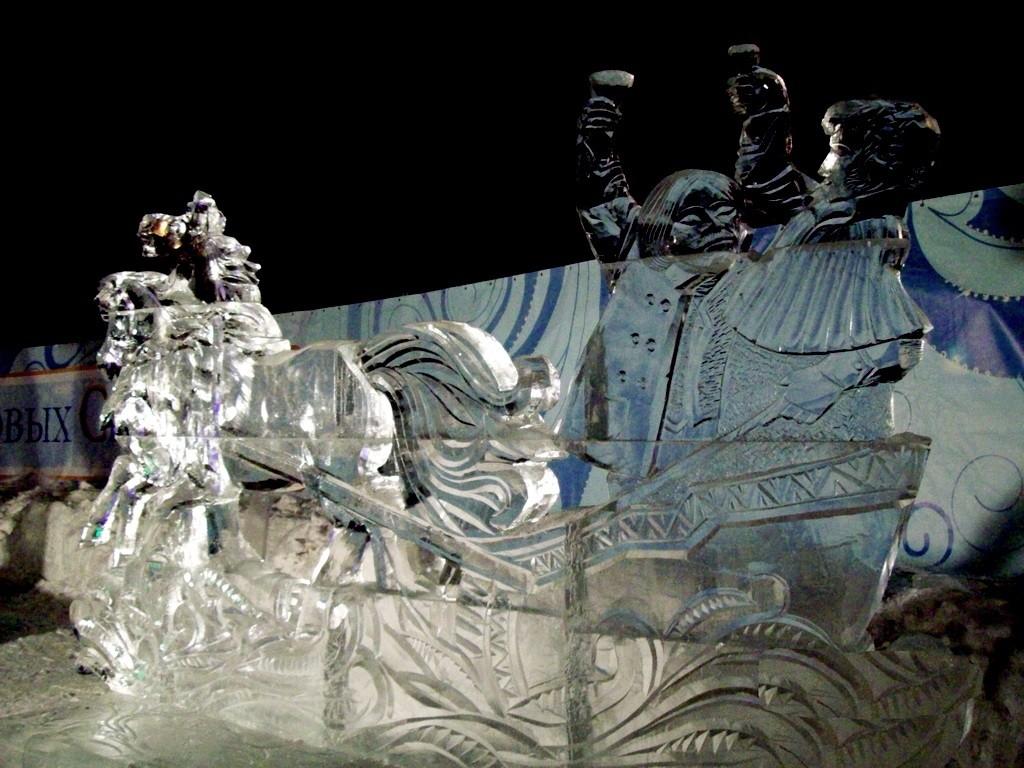 Скульптуры из льда изготовление
