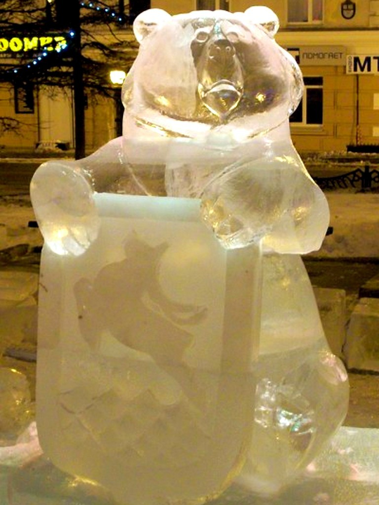 Ледовая скульптура- новогоднее оформление