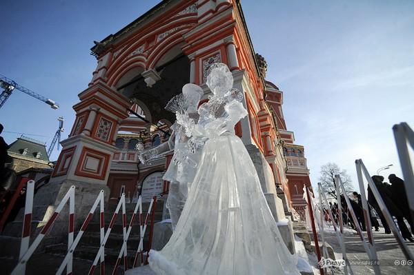 Работа конкурса Гран-при России по ледовой скульптуре 2013г. г. Москва